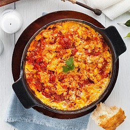 Eggs Mixed with Tomatoes